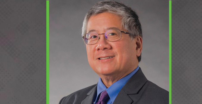 Dr. Geoffrey Fong receives prestigious O. Harold Warwick Prize from the Canadian Cancer Society